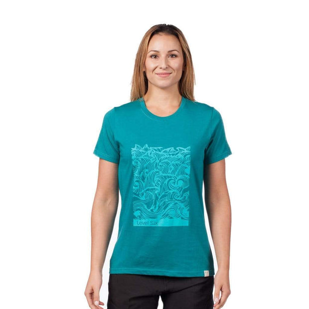 Women's Waves T-Shirt T-Shirts LAGUNA BLUE / XS Outlet