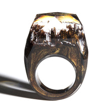 Load image into Gallery viewer, Dried Flowers Eco Glow In The Dark Ring - KAUBI TRENDING EMPIRE