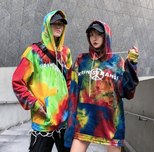 4 Graffiti Hoodies That Look Irresistibly Stunning on You