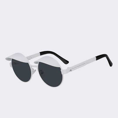 White/Black Izzy Sunglasses