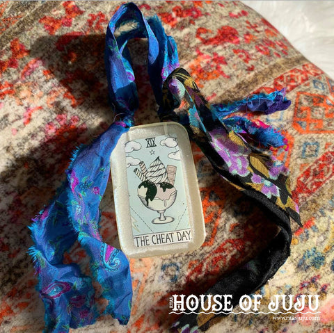 Mini Witch Tarot Bohemian Amulet Shrines, THE CHEAT DAY - Reward for Hard Work, Happiness, Joy, Pleasure
