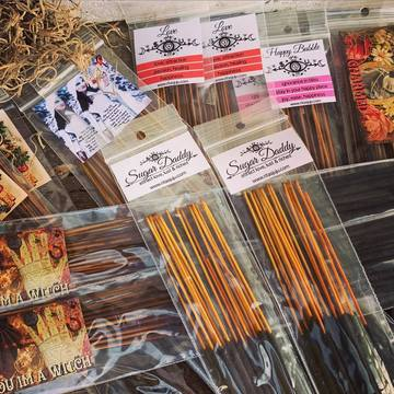 Rita's Happy Bubble Hand Dipped Ritual Incense Sticks - Ignorance is Bliss, Stay in Your Own Happy Place