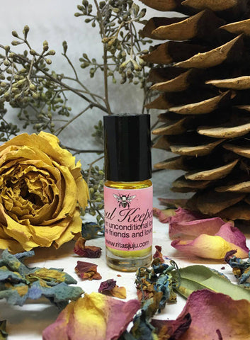 Ritas Soul Keeper Hand Brewed Ritual Oil to Draw in Unconditional Luv, Keep True Friends and Luv Near
