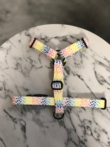 Summer Showers Strap Harness