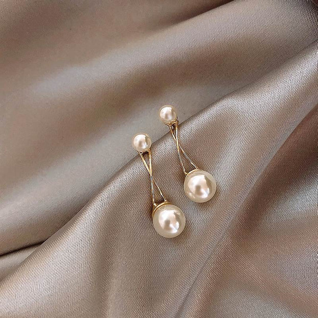 2020 New Korean Earrings Top Design Delicate Simulated Pearl Stud Earrings Fashion Jewelry Wholesale Bijoux