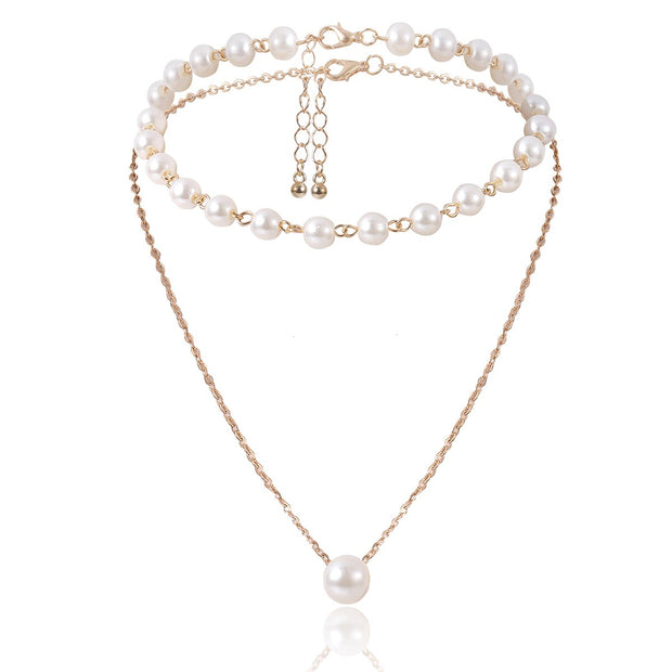 Chanceux Pearl Choker Necklace