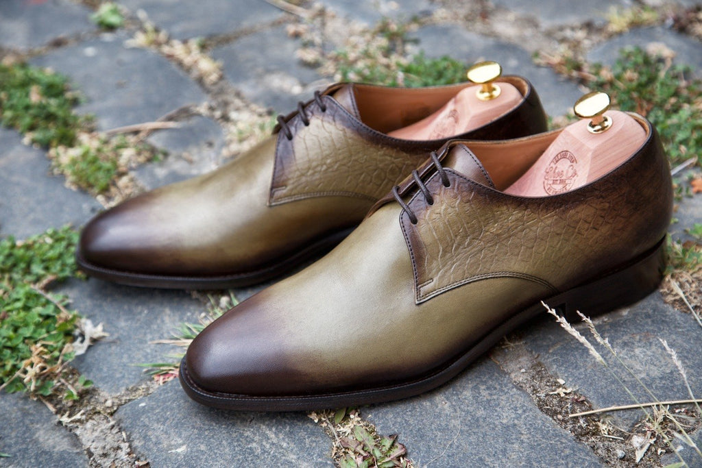 Mr. Angus: Olive + Crocodile Emboss