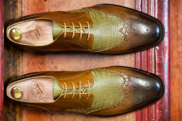 Mr. Porterhouse: Oak & Olive with Crocodile Embossing