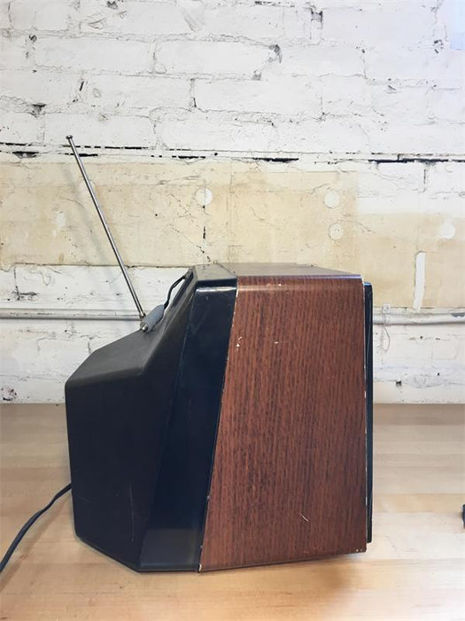 "11"" RCA Television"