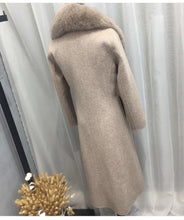 Load image into Gallery viewer, Wool Coat with Fox Fur Collar, Real Wool Jacket, Winter Jacket, Warm Coat.