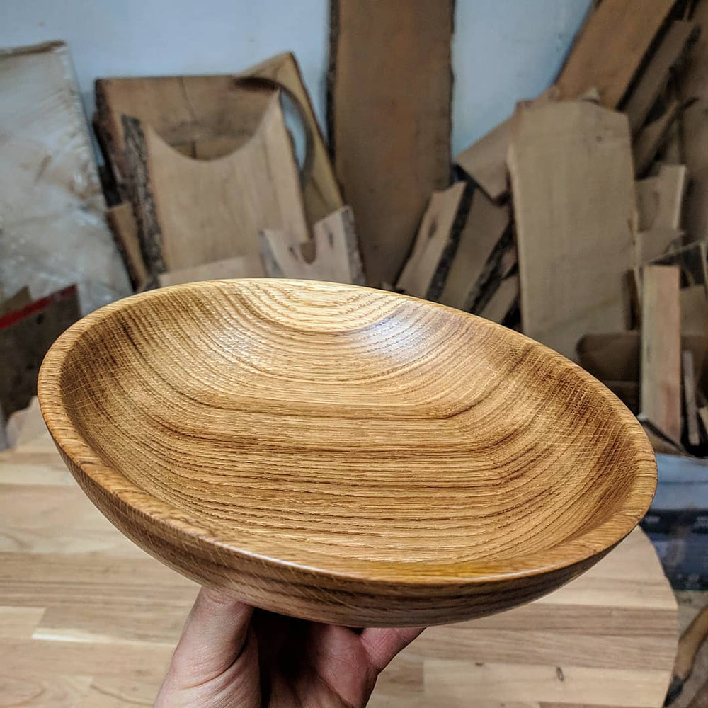 Load image into Gallery viewer, WOODEN SALAD BOWL / OAK FRUIT PLATE