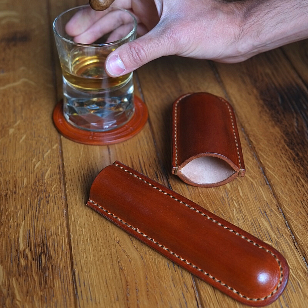 Load image into Gallery viewer, LEATHER CIGAR CASE  /  ONE CIGAR