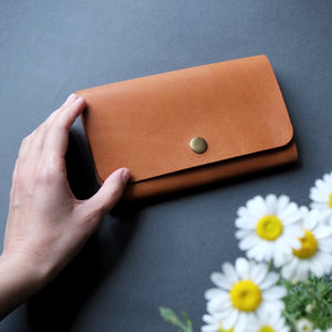 WOMEN'S LEATHER CASE