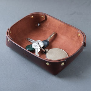 SMALL LEATHER VALET TRAY  /  BROWN