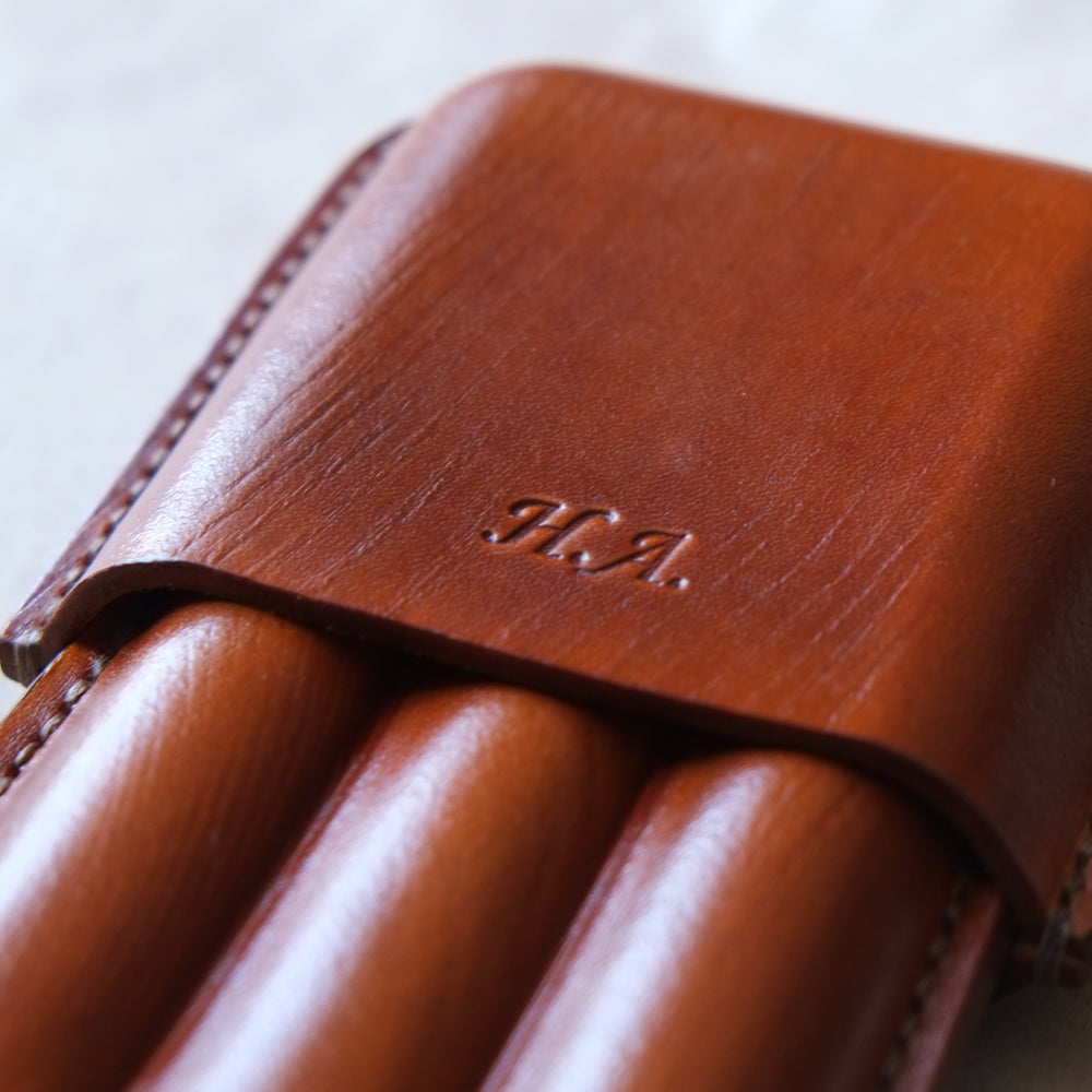 LEATHER CIGAR CASE  /  BLUE
