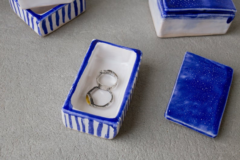 Load image into Gallery viewer, white blue jewelry box handmade