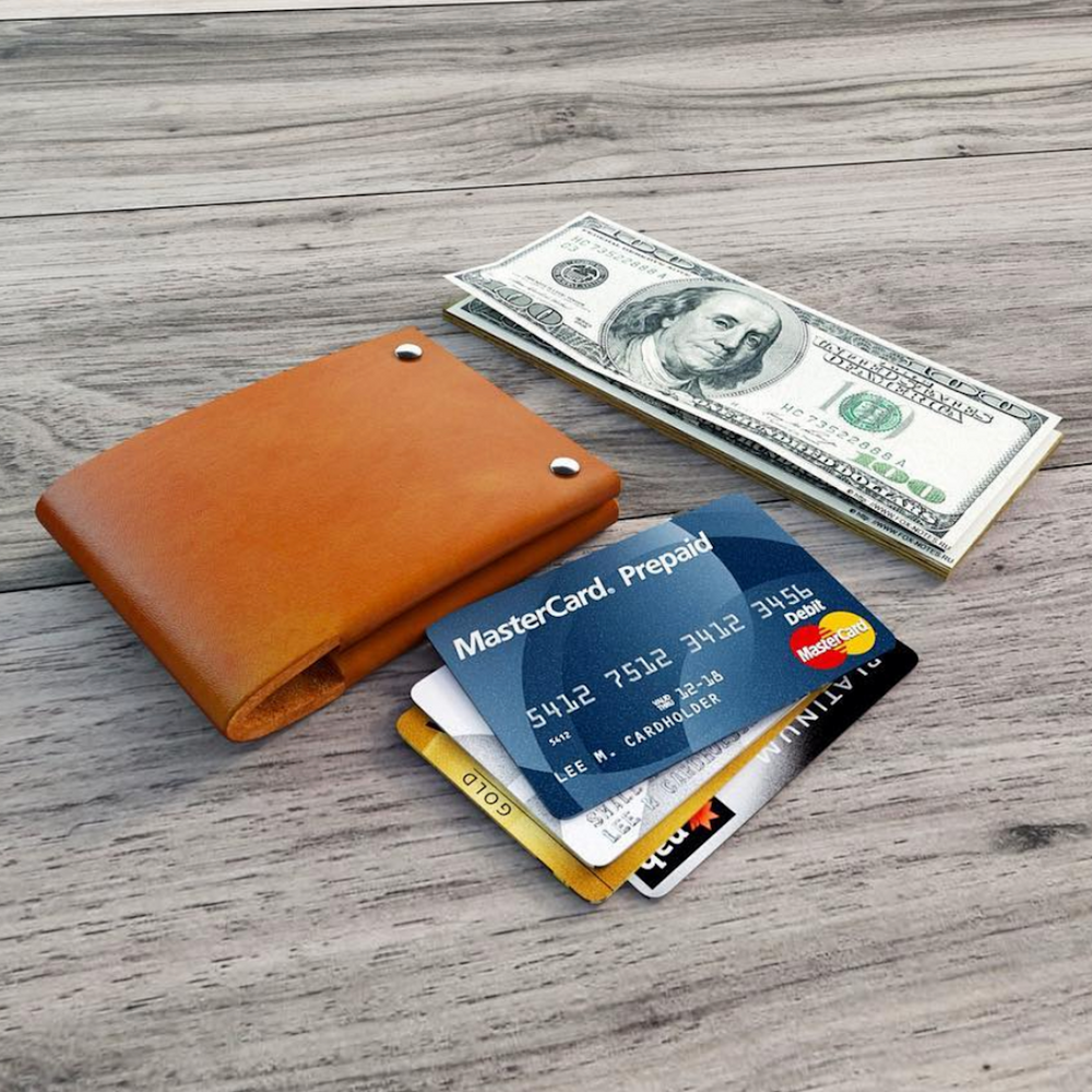 handmade leather wallet for daily use