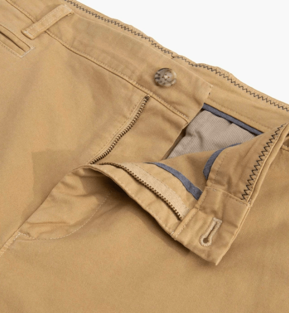 Johnnie-O Men's Shorts Khaki / 33 Johnnie-O, Men's Neal Stretch Twill Shorts (Multiple Colors)