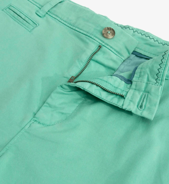 Johnnie-O Men's Shorts Kiwi Green / 34 Johnnie-O, Men's Neal Stretch Twill Shorts (Multiple Colors)