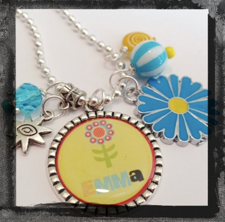 Blooming Daisy Necklace - Bezel Necklace for Girls #B592