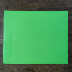 BRISSCOES - Green Silicone Baking Mat With Measurement Indicators