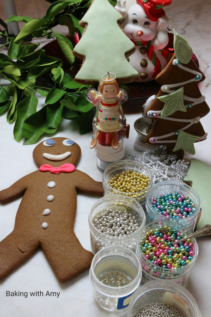 Gingerbread Cookies/ Baking with Amy