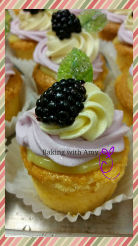Mini Lemon Blackberry Cupcakes