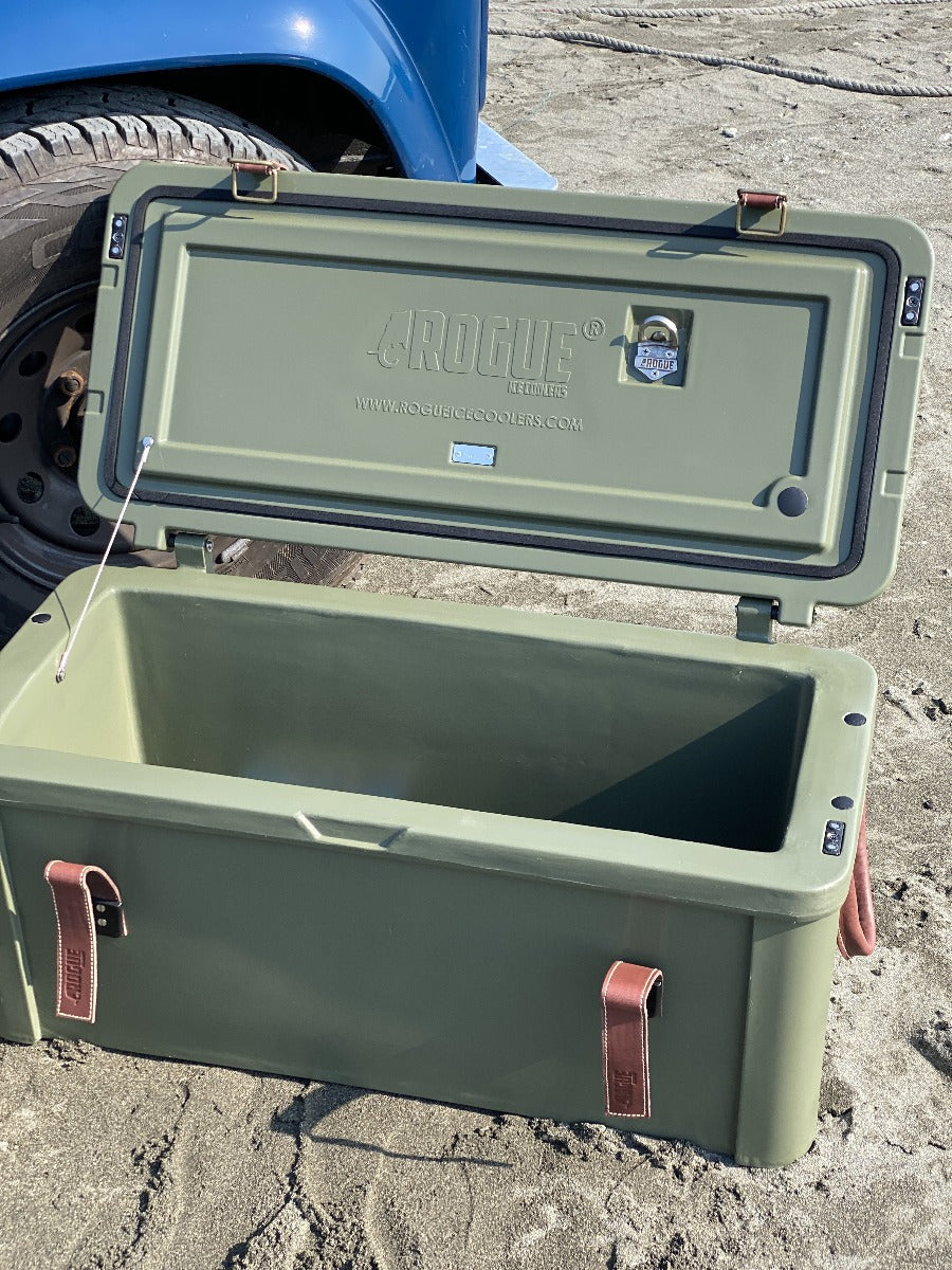 -ROUGE ICE COOLERS-<br>75Lローグアイスクーラー キャンバスシート<br>75L Rogue Ice Cooler With Canvas Seat