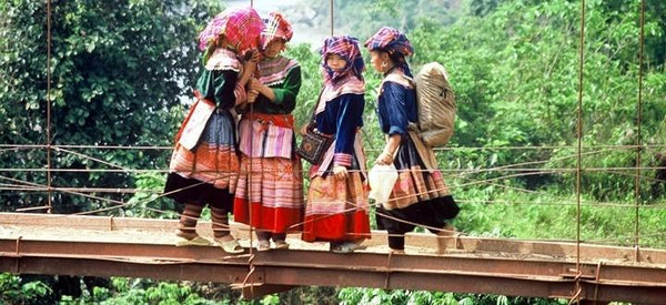 MEET THE HMONG PEOPLE