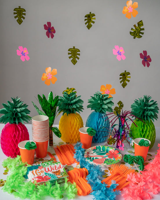 tropical party supplies, tropical party decorations, pineapple party, Hawaiian party theme, palm tree party decor