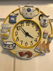 Kitsch Kitchen Clock - 7355