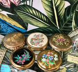 Compacts - Face Powder (Various Designs) - 5125