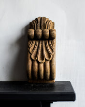 Load image into Gallery viewer, Pair of old French wooden corbels 2