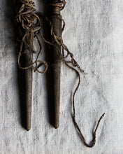 Load image into Gallery viewer, Pair of vintage garden pegs