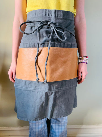 Tuscan Short Apron with Pockets