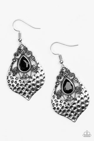 Paparazzi Accessories - Royal Rebel - Black Earrings - JMJ Jewelry Collection