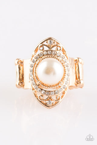 Paparazzi Accessories - Pearl Posh - Gold Ring - JMJ Jewelry Collection