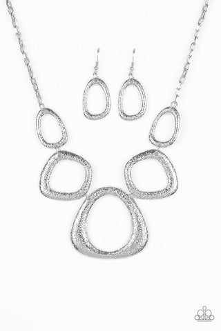 Paparazzi Accessories - Backstreet Bandit - Silver Necklace Set