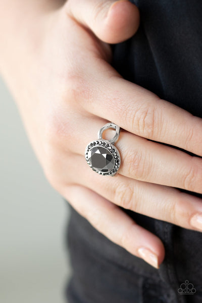 Paparazzi Accessories - Its Gonna GLOW! - Silver Ring - JMJ Jewelry Collection