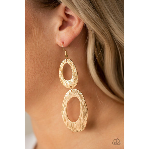 Paparazzi Accessories -   Ive SHEEN It All - Gold Earrings - JMJ Jewelry Collection
