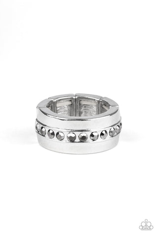 Paparazzi Accessories -   Reigning Champ - Silver Ring