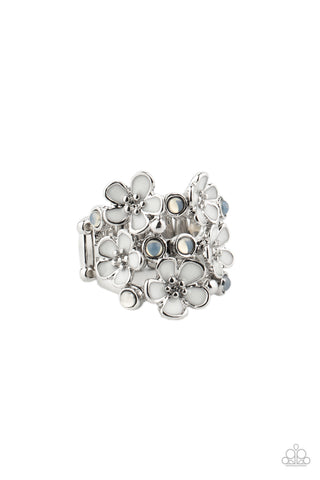 Paparazzi Accessories - Blooming Banquet - White Ring