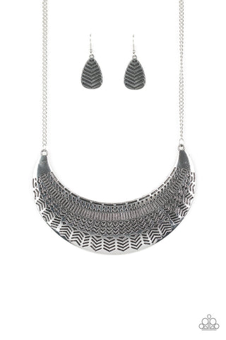 Paparazzi Accessories - Large As Life - Silver Necklace Set