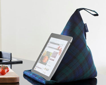 TABLET-CUSHION-TABLET-STAND-BLACKWATCH-TARTAN-FABRIC-BLUE-BADGE-CO