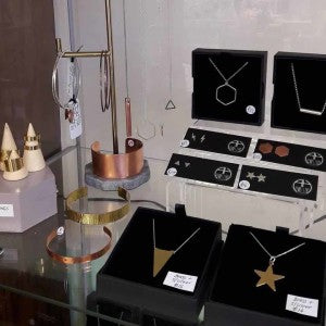 Ami-Halgarth-Jewellery-Entrepreneur-Optimised-3