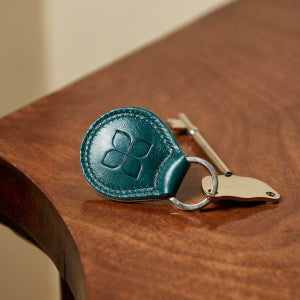RADAR Key with Leather Keyring in Lake Green