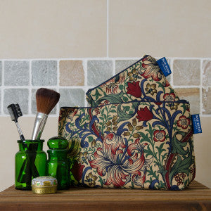 golden-lily-toiletry-bag-gift-set