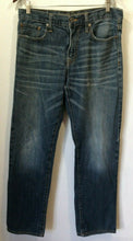 Load image into Gallery viewer, American Eagle Relaxed Straight Mens Whiskered Distressed Denim Blue Jeans 32/32