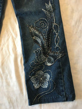 Load image into Gallery viewer, Royal Women's Straight Leg Low Rise Beaded Flower Design Jeans Size M