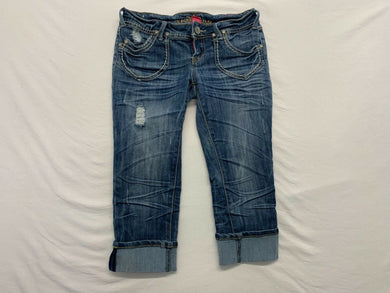 Almost Famous Women's Denim Capri Size 3 Distressed Stretch Low Rise Cropped